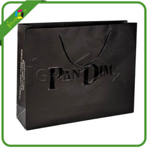 Hot Selling Fancy Black Paper Bags with Handle and UV pictures & photos