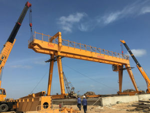 20t -160t a Type Double Girder Rail Traveling Gantry Crane with Winch pictures & photos
