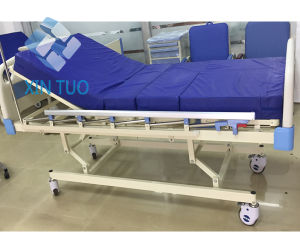 Hot Sale Five-Function Manual Medical Bed in Hospital Care Bed pictures & photos