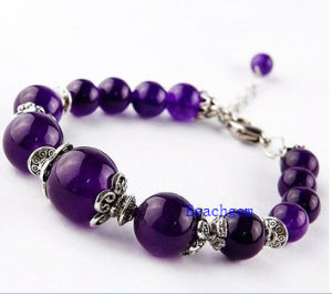 Natural Amethyst Beads Bracelet with Silver Charm (BRG0053) pictures & photos