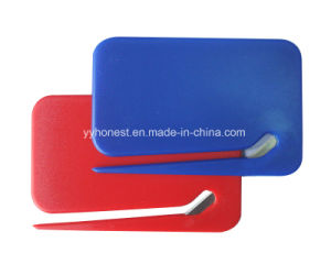 2017 Promotional Gift Oval Shape Plastic Envelop Opener pictures & photos