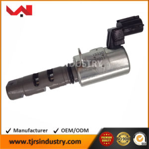 15330-21011 Engine Variable Valve Timing Solenoid for Toyota pictures & photos