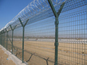 Galvanized Barbed Wire Mesh Fencing pictures & photos