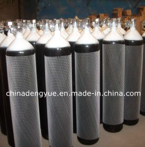 Different Sizes Portable Medical Oxygen Cylinder pictures & photos