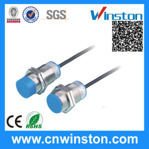 Lm30 AC220V Detection Distance 15mm Analog Inductive Proximity Sensor pictures & photos