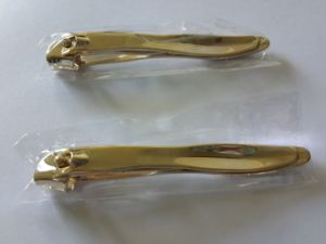 Deluxe Gold Plating Diagonal Side Cutting Nail Clipper with OPP Bag Pack pictures & photos