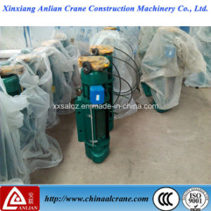 0.5t Electric Wire Rope Lifting Hoist pictures & photos