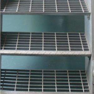 High Quality Non-Skid Nosing Stair Tread pictures & photos