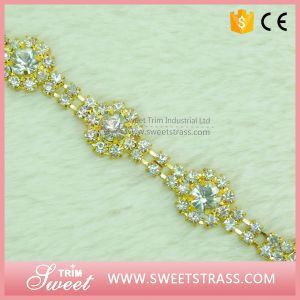 Cup Chain Crystal Beads Chaton for Sandal pictures & photos