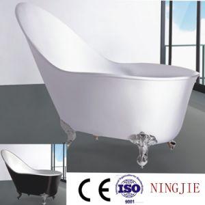Sanitary Ware Acrylic Model Soaking Bath Tub (621) pictures & photos