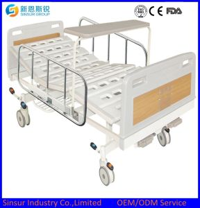 Hospital Ward General Use Luxury Manual Double Shake Medical Beds pictures & photos