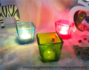 Free Sample Christmas Celebrate Square Cube Glass Candle Holders for Home Decoration pictures & photos