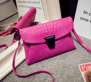 2016 Guangzhou Supplier Designer Fashion Crocodile PU Leather Woman Clutch Evening Cross Body Bag (D005)