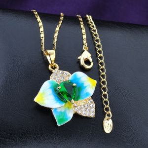 Fashion Jewelry Yellow Gold Chain Flower Enamel Crystal Pendant Necklace pictures & photos