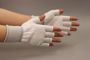 Hot Sell Half Polyester Gloves (CN-2018C)