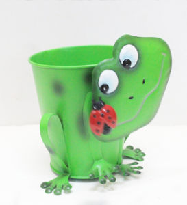 Multifunctional Gareden Flower Metal Planter Frog Figurine pictures & photos