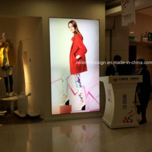 Ultra-Thin LED Clothing Advertising Light Boxes pictures & photos