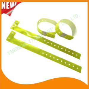High Quality Entertainment ID Bracelets Vinyl Plastic Wristbands (E6070-20-11) pictures & photos