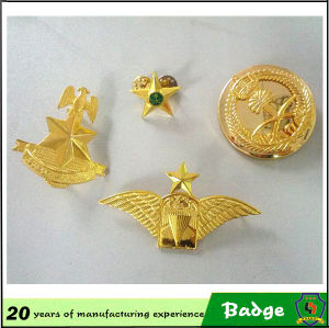 Customized Gold Eagle Badges for Clothes pictures & photos