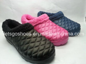 EVA Winter Shoes Snow Shoes Warm Indoor Shoes with Fur pictures & photos