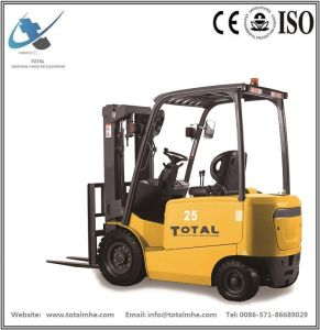 2.5 Ton 4-Wheel Battery Forklift pictures & photos