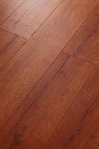 Oak Laminated Floor Embossed-in-Register (EIR) pictures & photos