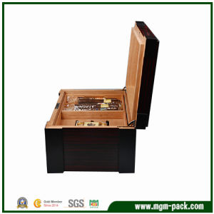 High-End Black Lacquer Cigar Box for Sale pictures & photos