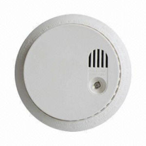 Optical Standalone Smoke Detector (DC9V) (JS-828-10P) pictures & photos