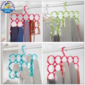 Transparent Plastic Belt Hangers pictures & photos