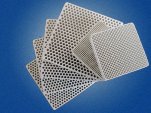 Sic / Cordierite Honeycomb Ceramic Filter Slice (Used In Industry) pictures & photos