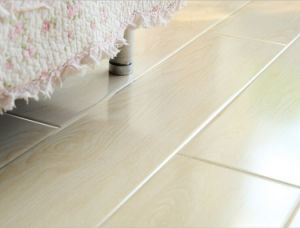 Matt Mirror Crystal Surface Laminate/Laminate Flooring pictures & photos