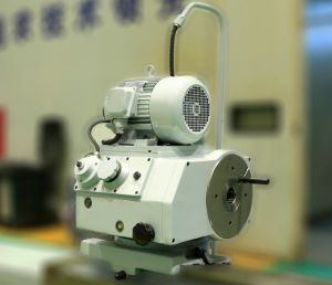 630 Series Cylindrical Grinding Machine (M1363) pictures & photos