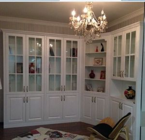 Maple Solid Wood Pantry Cabinets Kc-081 pictures & photos