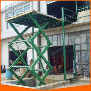 Scissor Vertical Hydraulic Warehouse Platform Lift pictures & photos