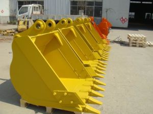 Excavator Heavy Duty Bucket for Komatsu PC200 pictures & photos