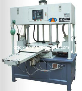 Sand Casting Automatic Double Head Core Shooting Machine (JD-600-Z) pictures & photos