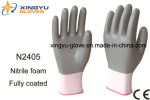 Polyester Shell Nitrile Coated Saftey Work Gloves (N2405) pictures & photos