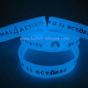 Eco-Friendly Custom Glow in The Dark Rubber Band pictures & photos