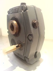 Smr B Metric Shaft Mount Reducer Speed Gearbox pictures & photos