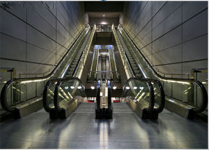 Vvvf Indoor Escalator with Aluminum Step pictures & photos