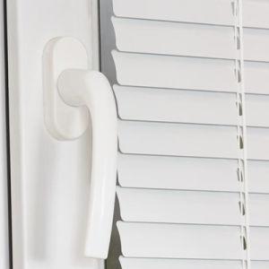 Superior Quality Electric Aluminum Louvers Window for Veranda pictures & photos