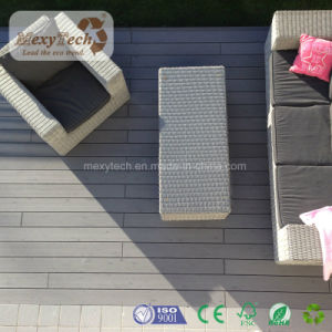 Guangzhou Manufacture WPC Composite Decking pictures & photos