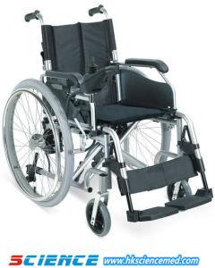 Foldable Aluminum Power Wheelchair Sc-Ew08 pictures & photos