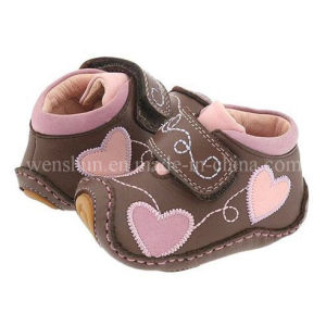 Genuine Leather Infant Shoe 1002 pictures & photos