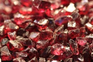 Abrasives Garnet for Blast Cleaning 0-1mm 1-3mm 3-5mm/#16-#220 pictures & photos
