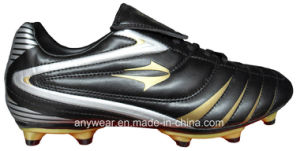 Soccer Football Boots with TPU Outsole Shoes for Men (815-8411) pictures & photos