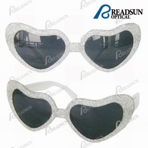 Fashion Party Sunglasses of Heart Shape for Small Children (SD008) pictures & photos