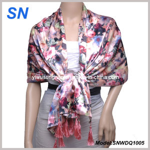 2015 Fashion Satin Scarf with Flower Design pictures & photos