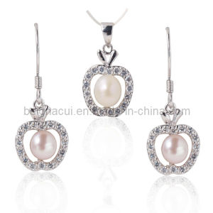 Fashion Silver Jewelry with Fresh Water and Cubic Zirconia pictures & photos