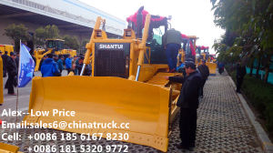 Shantui Bulldozer Machinery (SD32) pictures & photos